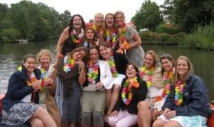 vrijgezellen feestje op het water